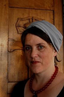 Sarah Davis 216x323